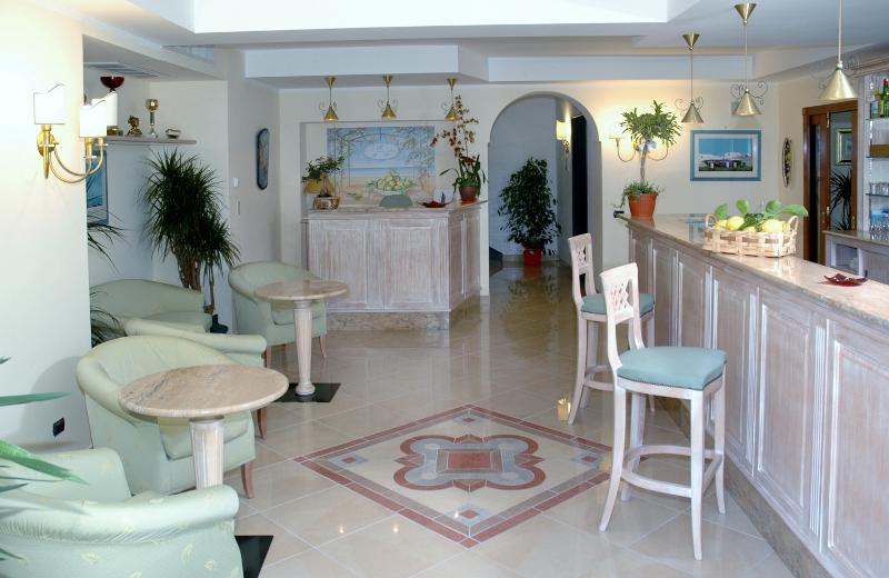 Hotel Amalfi Coast 3 stars | La Pergola hotel and b & b